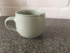 Hellgrüne Tasse
